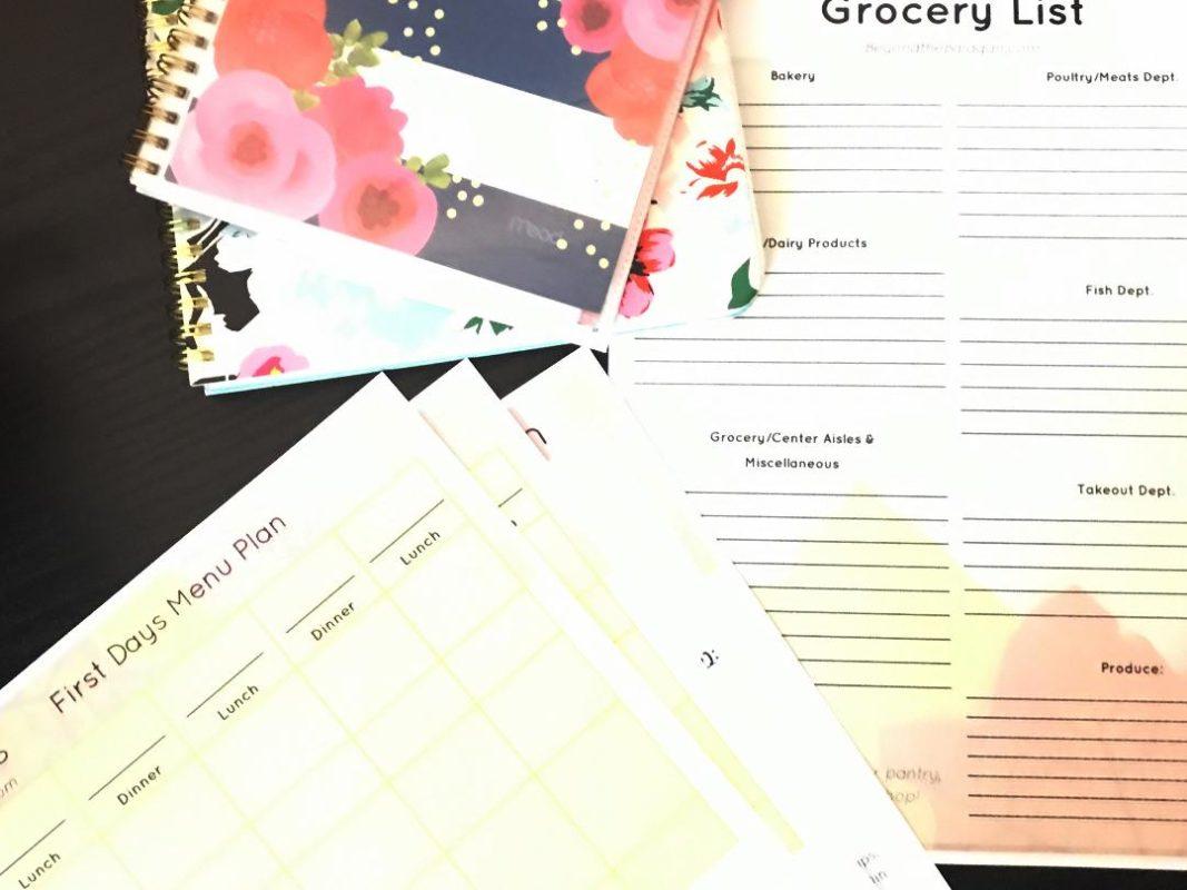 Get your Sukkos menu plan ready with this free printable! This Sukkos menu plan will help you organize and plan a beautiful Yom Tov.