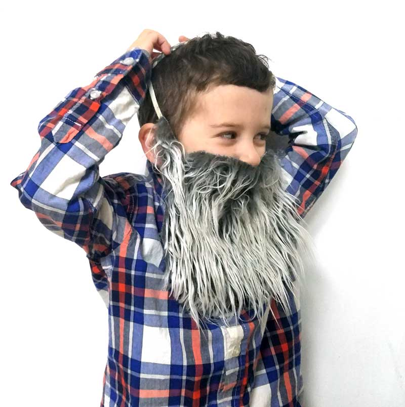 Make this easy DIY fake beard for your kids' purim costume! This super easy costume beard is made using faux fur and requires no sewing - it's ridiculously easy! #purim #diycostume #beard