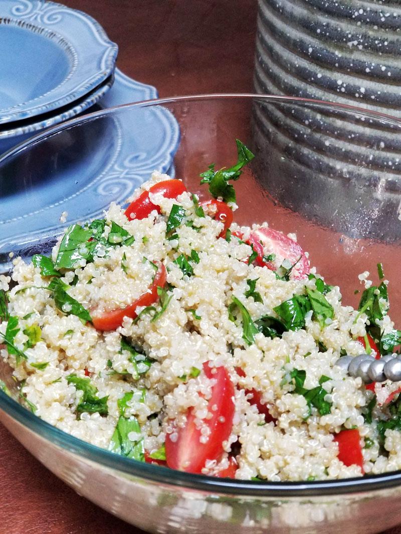 This quinoa tabbouleh salad recipe looks delish!